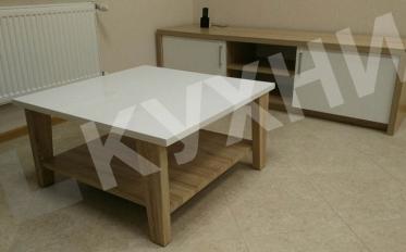 Мебель для офиса. Кухня цвет ЛДСП Дуб Сонома/Акрил Супербелый матовый, стол, стулья Signal H-261, стол журнальный KIANA, прихожая